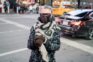 Celebrando el Mes de Moda en Times Square